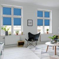 Verdunklungsplissee Wohnzimmer für optimalen Blendschutz