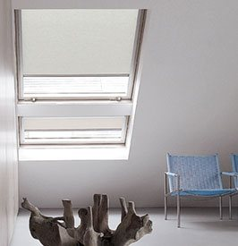 verdunkelungsrollo g nstig bestellen 100 verdunkelung sonnenschutz livoneo. Black Bedroom Furniture Sets. Home Design Ideas